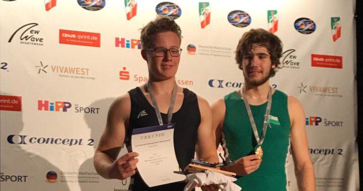 Simon als frisch gebackener Deutscher-Indoor-Rowing-Meisterr